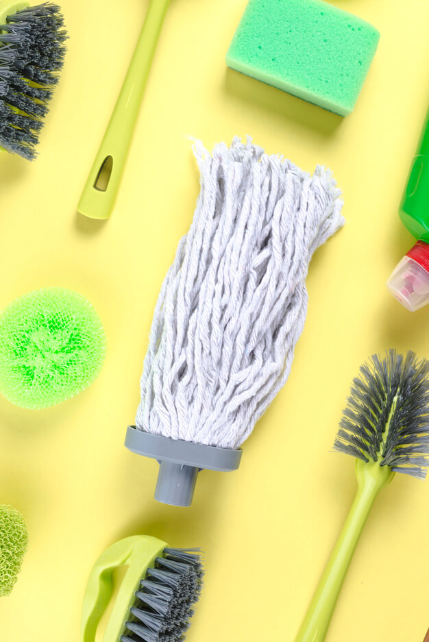 ashburn-home-cleaning-mopping