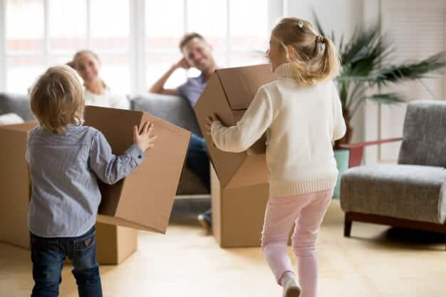 phіlоmоnt-cleaning-moving-out-family-kids